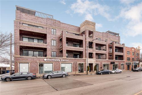Photo of 5820 N Clark Street #406, Chicago, IL 60660 (MLS # 11155716)