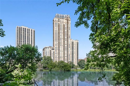 Photo of 2550 N Lakeview Avenue #N1701, Chicago, IL 60614 (MLS # 11178716)