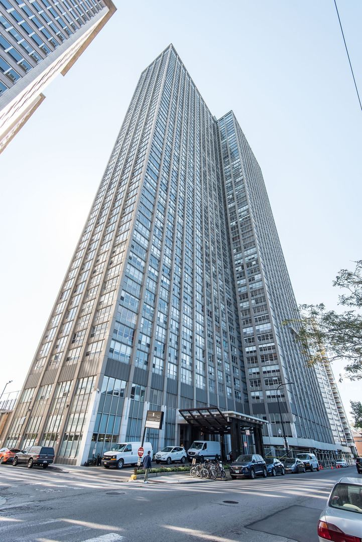 655 W IRVING PARK Road #4313, Chicago, IL 60613 - #: 11234718