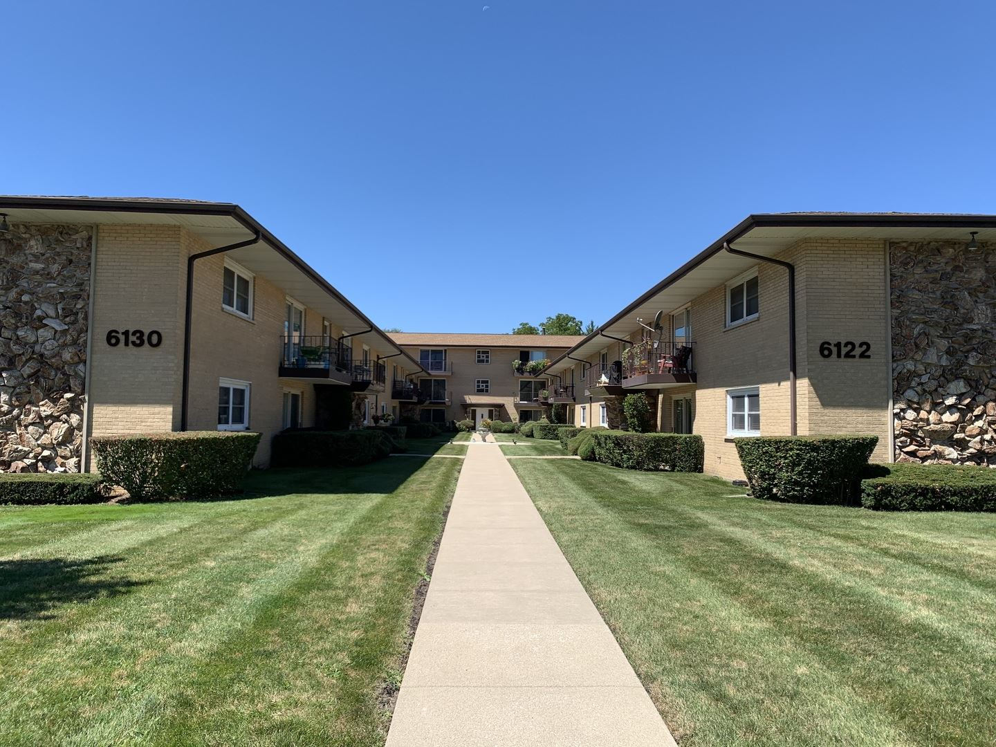 6126 S Kensington Avenue #206, Countryside, IL 60525 - #: 10614719