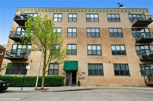 Photo of 2512 N Bosworth Avenue #406, Chicago, IL 60614 (MLS # 10711721)