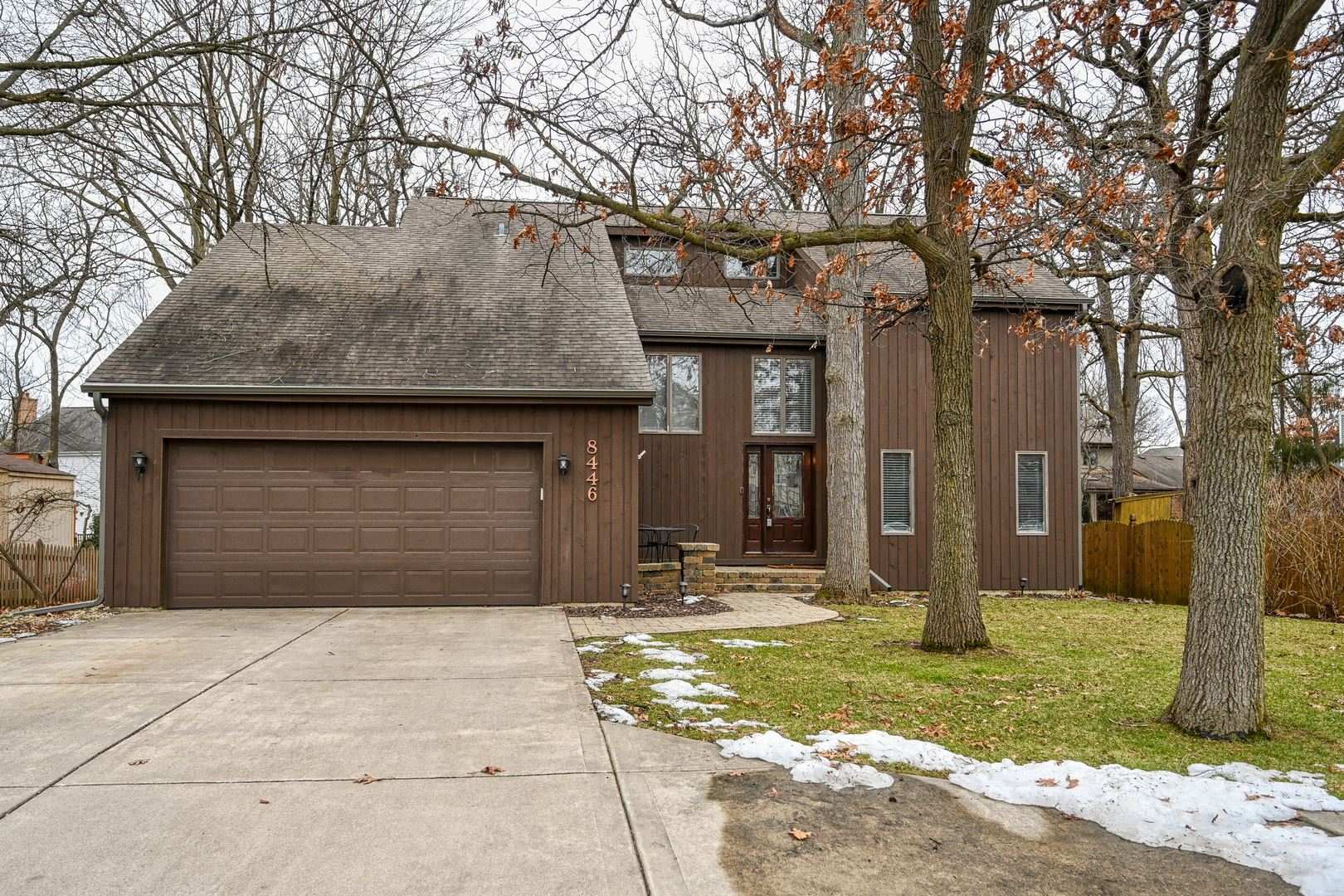 8446 Mending Wall Drive, Woodridge, IL 60517 - #: 10681721
