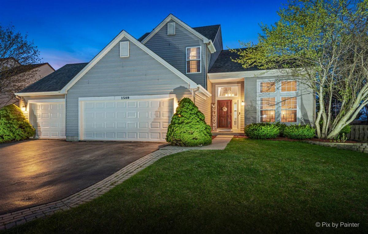 1589 Autumncrest Drive, Crystal Lake, IL 60014 - #: 11033721