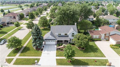 Photo of 1020 Grand Mesa Avenue, New Lenox, IL 60451 (MLS # 10771724)