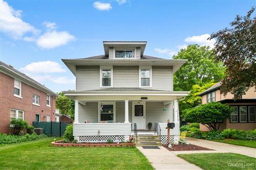 Photo of 906 Garfield Avenue, Aurora, IL 60506 (MLS # 11127724)