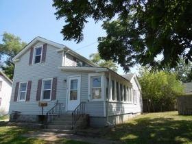 110 N Seminary Avenue, Woodstock, IL 60098 - #: 11058724