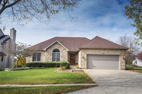 Photo of 718 Ridgewood Drive, Antioch, IL 60002 (MLS # 10921726)