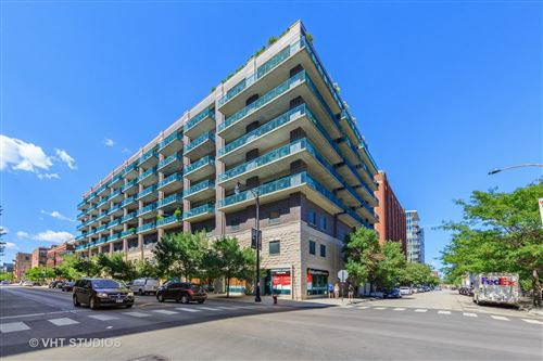 Photo of 910 W Madison Street #606, Chicago, IL 60607 (MLS # 10846727)