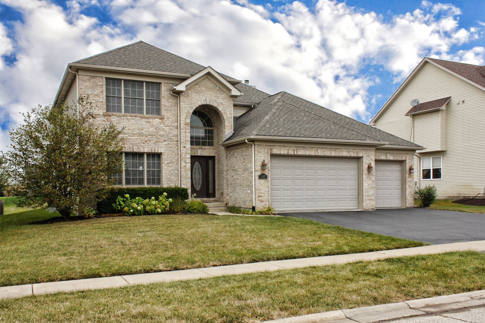 5267 Greenshire Circle, Lake in the Hills, IL 60156 - #: 10853730