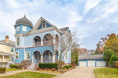 Photo of 45 S Spring Avenue, La Grange, IL 60525 (MLS # 10799731)