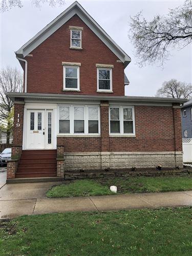 Photo of 119 N MYRTLE Avenue #2, Elmhurst, IL 60126 (MLS # 11047731)
