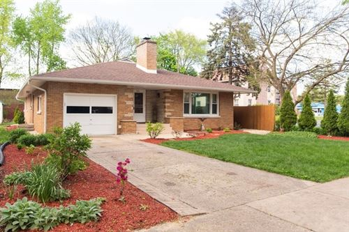 Photo of 215 Lawndale Avenue, Aurora, IL 60506 (MLS # 10721733)