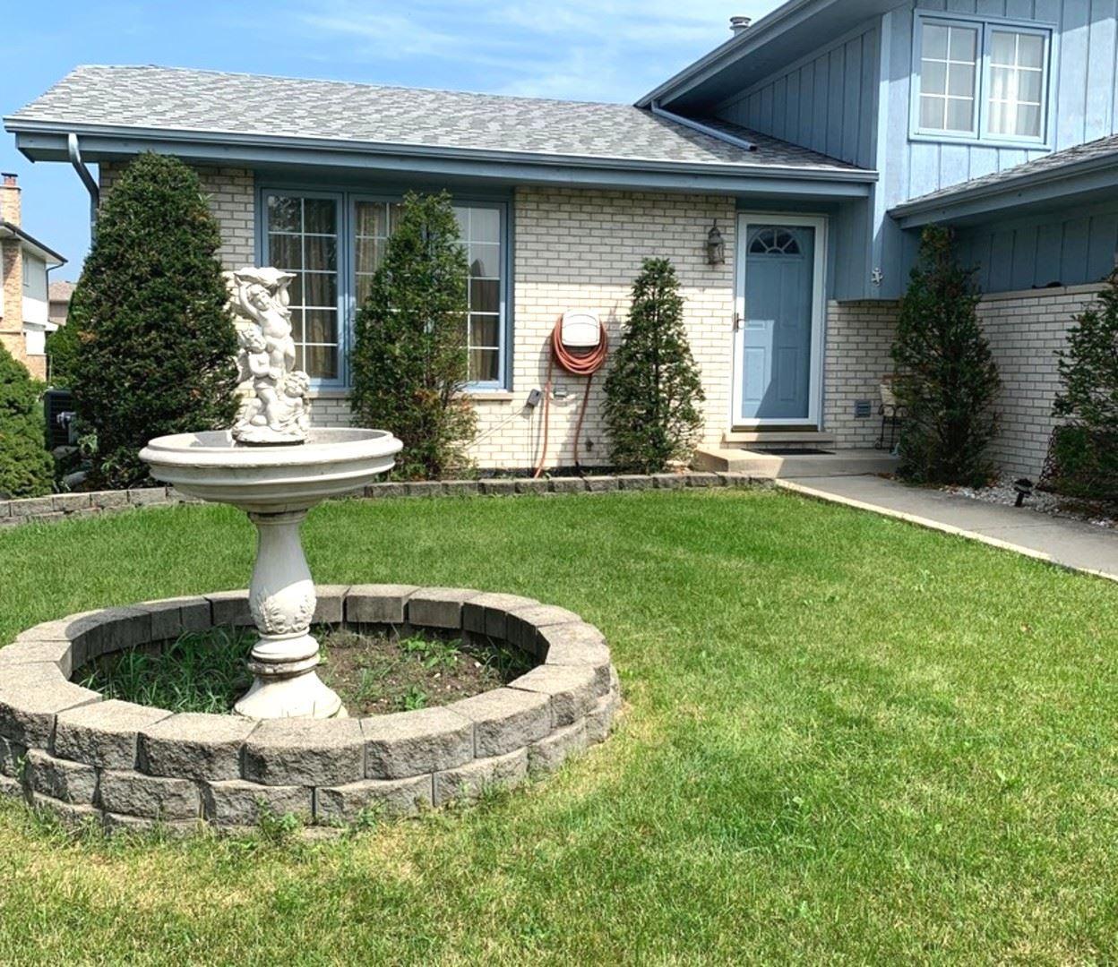 Photo of 942 Princeton Avenue, Romeoville, IL 60446 (MLS # 10887737)