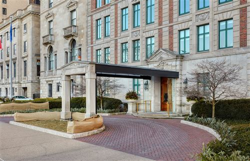 Photo of 1540 N Lake Shore Drive #8N, Chicago, IL 60610 (MLS # 11038738)