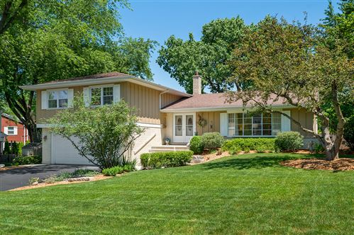 Photo of 5605 Lawn Drive, Western Springs, IL 60558 (MLS # 11144739)