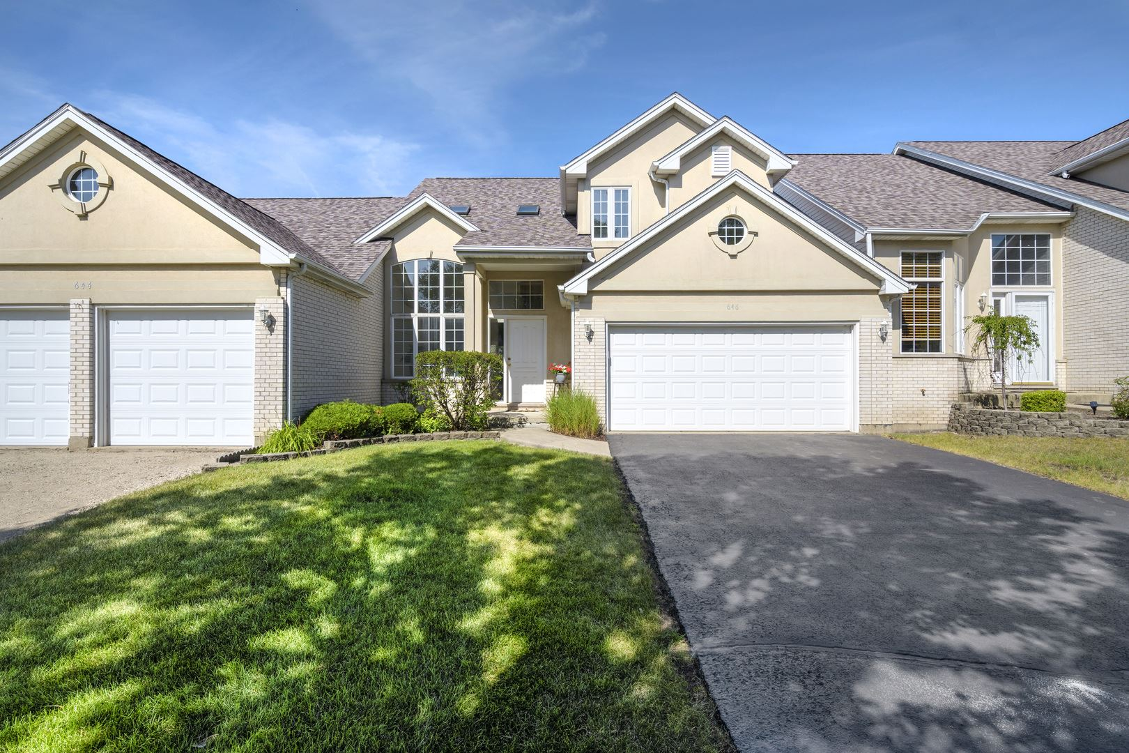 Photo of 646 Aspen Drive, Romeoville, IL 60446 (MLS # 10808741)