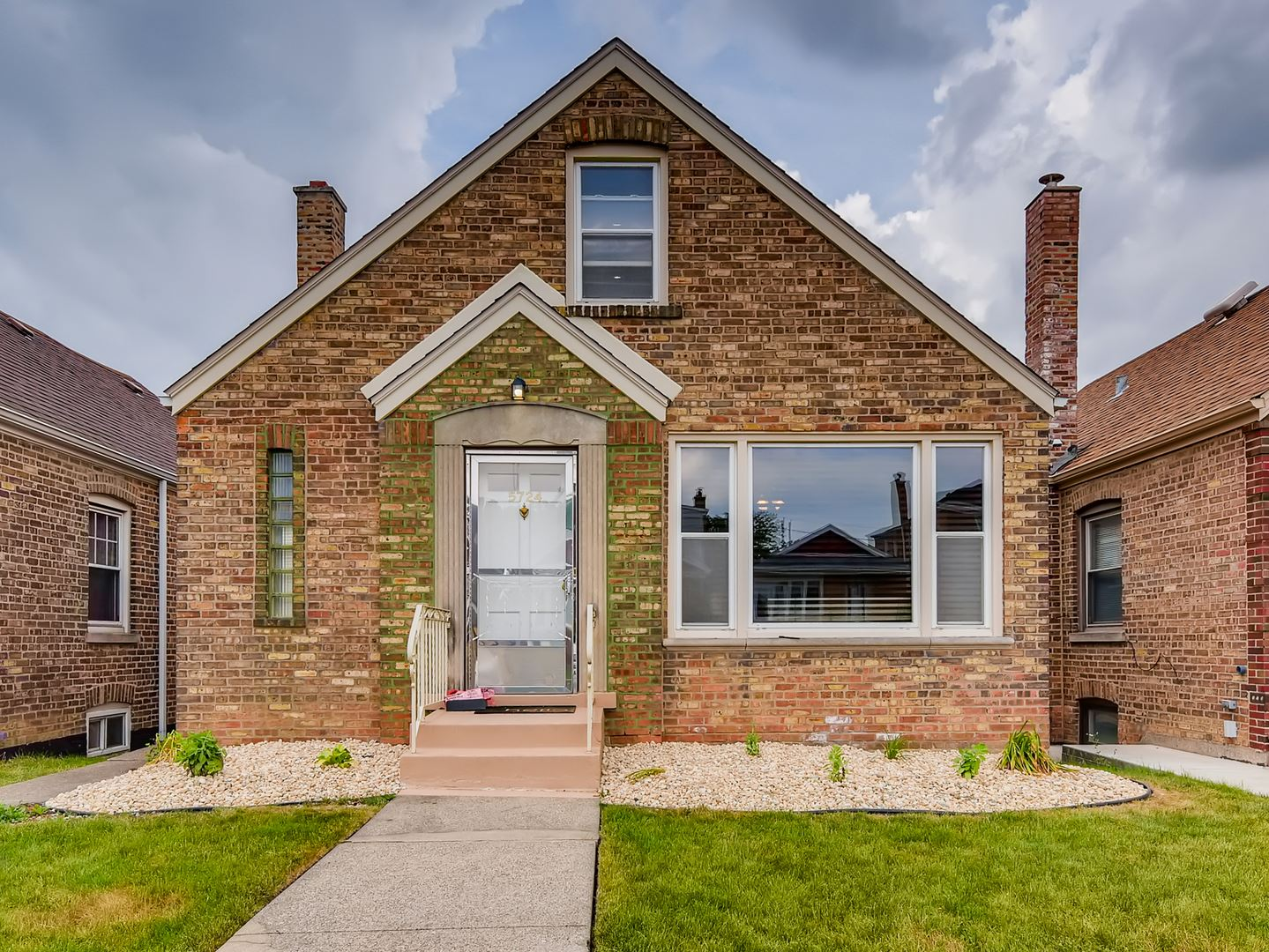 5724 S Kenneth Avenue, Chicago, IL 60629 - #: 10759742