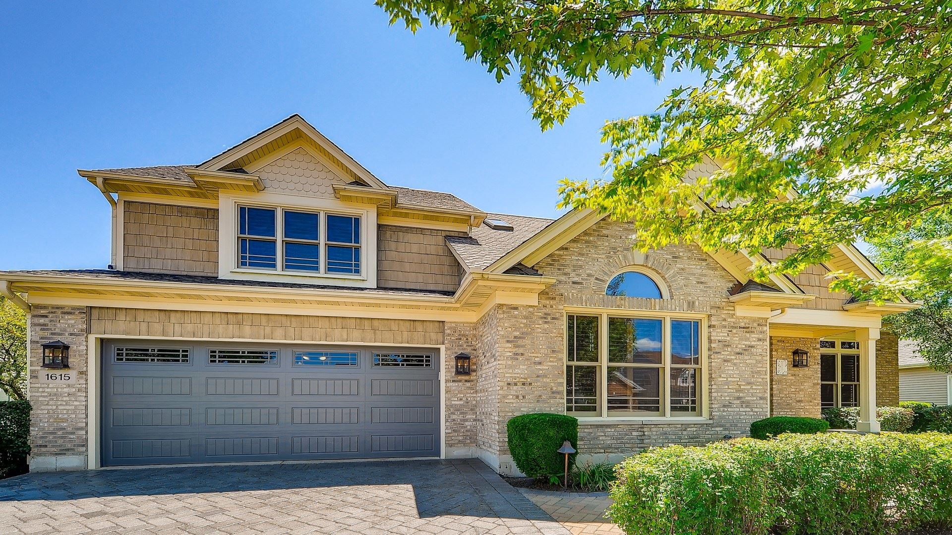 1615 Crowfoot Circle S, Hoffman Estates, IL 60169 - #: 10810742