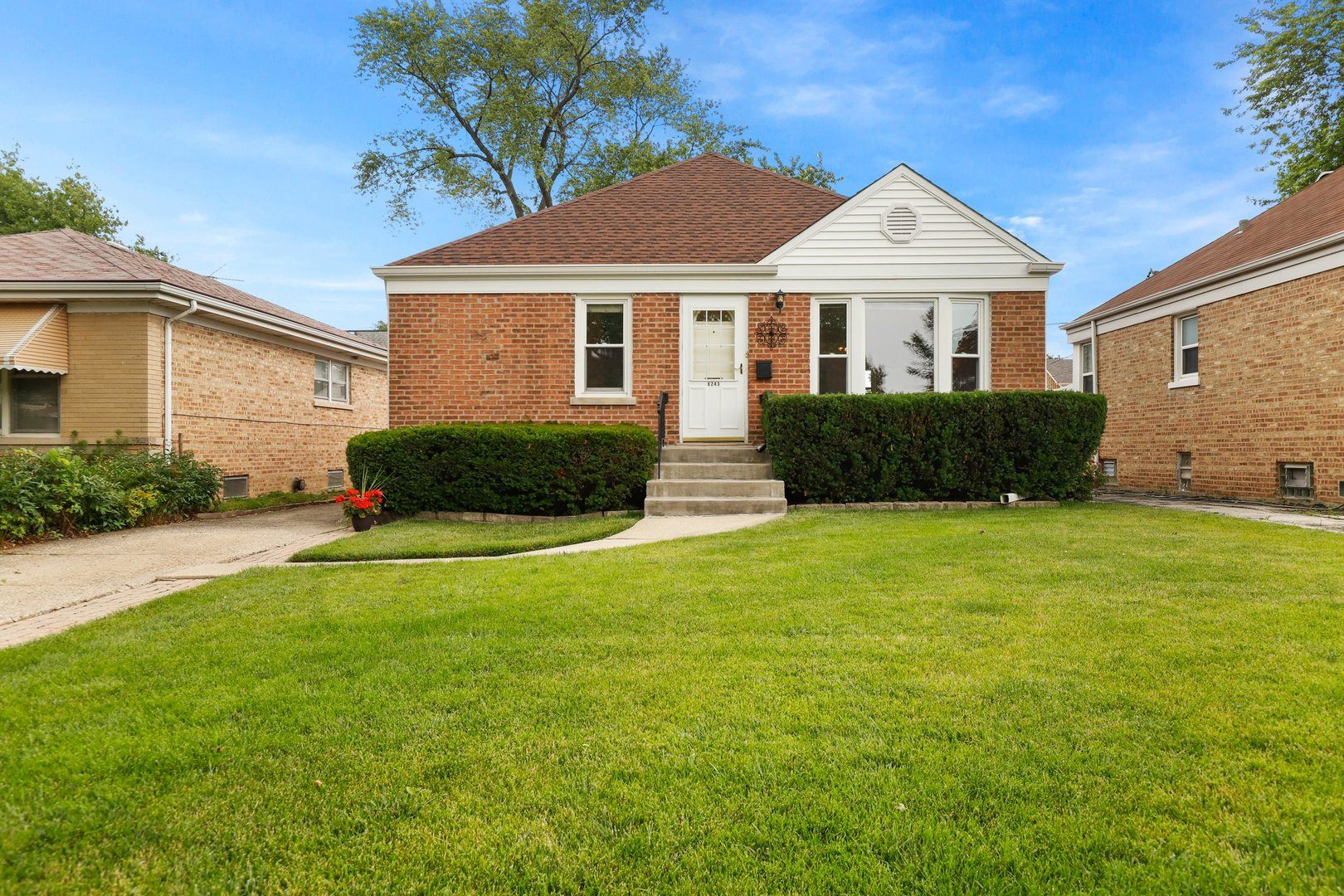 6243 N Canfield Avenue, Chicago, IL 60631 - #: 10766743