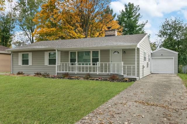 385 MAPLEWOOD Lane, Crystal Lake, IL 60014 - #: 10935745