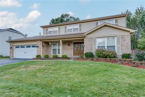 Photo of 593 Stuart Drive, Carol Stream, IL 60188 (MLS # 10887747)