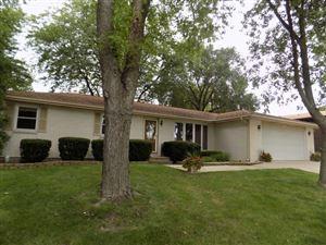 Photo of 405 North Raven Road North, Shorewood, IL 60404 (MLS # 10509748)