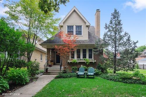 Photo of 3040 Park Place, Evanston, IL 60201 (MLS # 10853751)