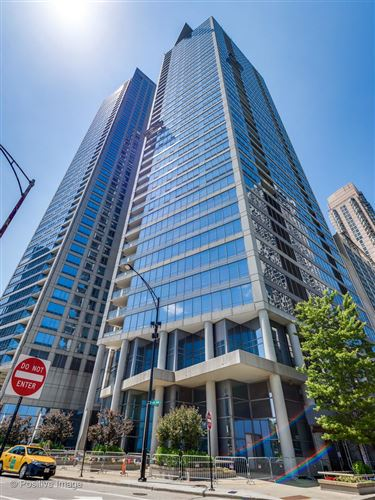 Photo of 600 N Lake Shore Drive #2501, Chicago, IL 60611 (MLS # 10970751)