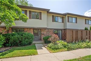 Photo of 7360 Winthrop Way #2, Downers Grove, IL 60516 (MLS # 10452752)