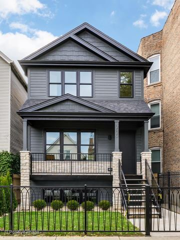 2520 N Campbell Avenue, Chicago, IL 60647 - #: 10586752