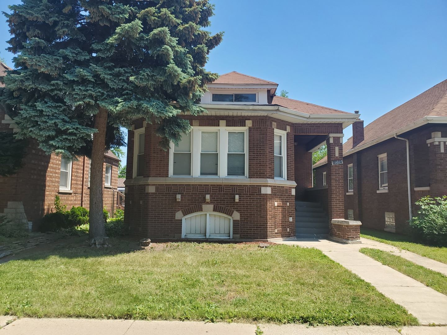 Photo for 10641 S Normal Avenue, Chicago, IL 60628 (MLS # 11127752)