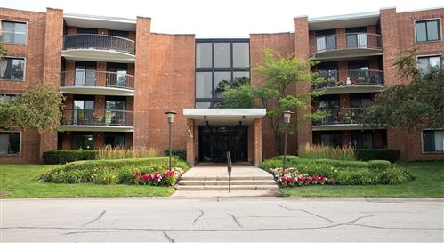 Photo of 1415 E Central Road #409B, Arlington Heights, IL 60005 (MLS # 11176753)