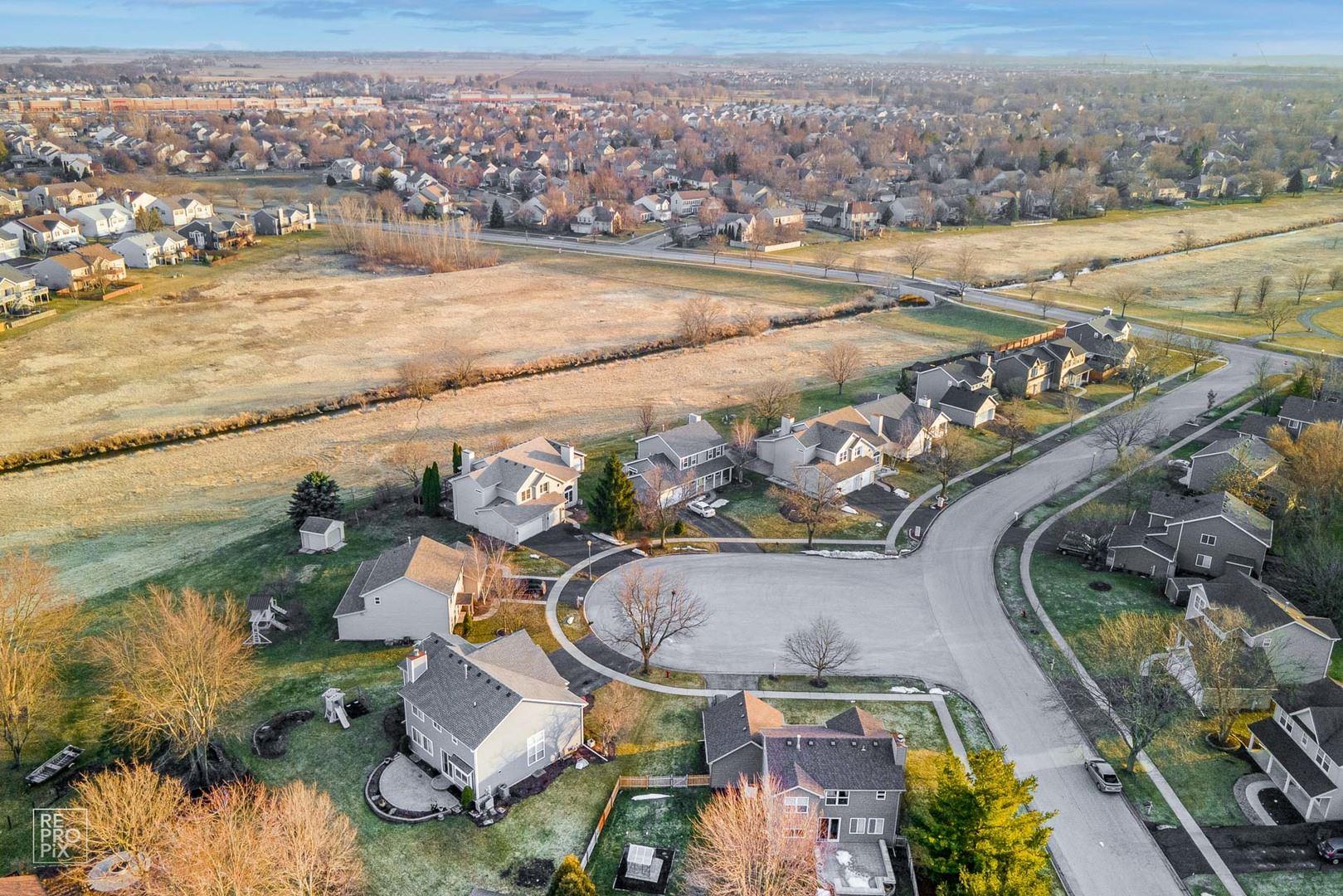 Photo of 212 Mondovi Drive, Oswego, IL 60543 (MLS # 11014753)