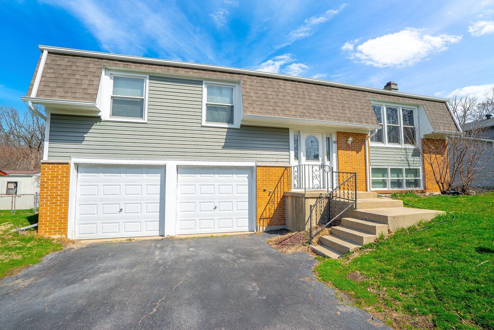 Photo of 306 Charlestown Drive, Bolingbrook, IL 60440 (MLS # 11041753)