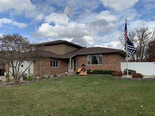 Photo of 1614 Briarcrest Drive, New Lenox, IL 60451 (MLS # 10914754)
