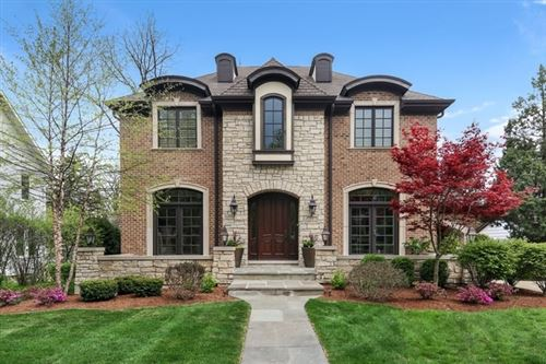 Photo of 19 S STOUGH Street, Hinsdale, IL 60521 (MLS # 11011755)