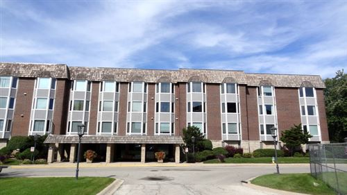 Photo of 300 Thames Parkway #62E, Park Ridge, IL 60068 (MLS # 10889757)