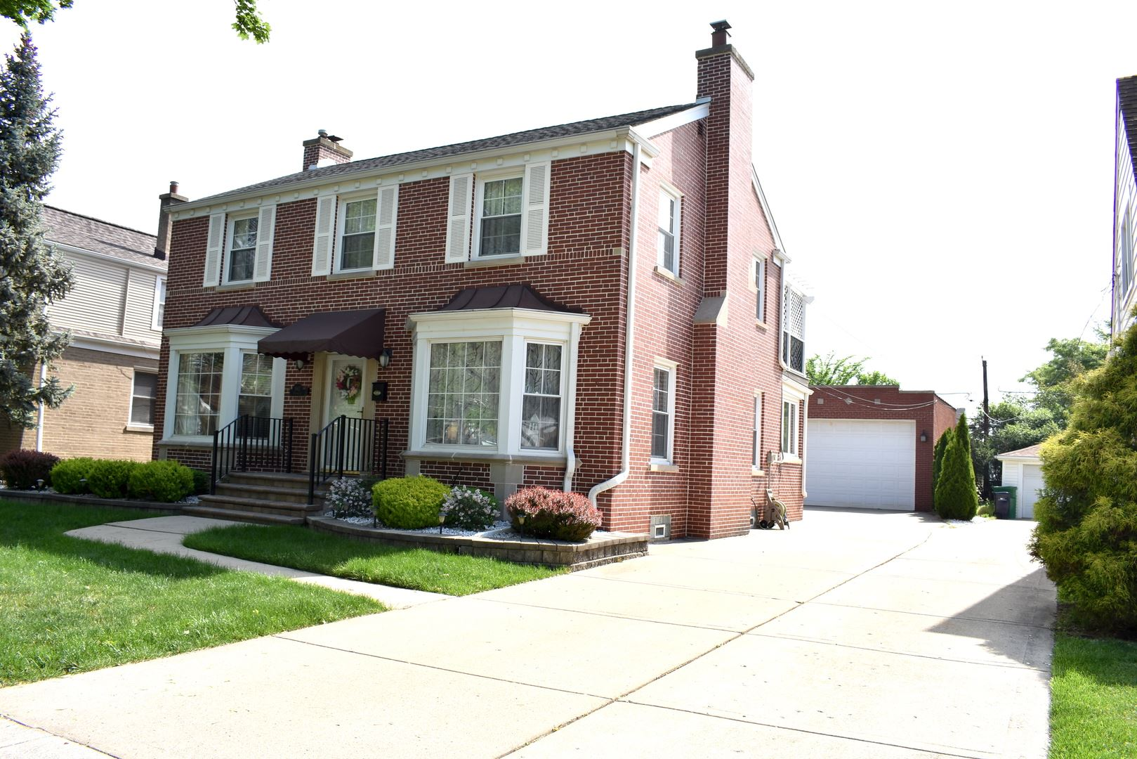 1907 Portsmouth Avenue, Westchester, IL 60154 - #: 11093757