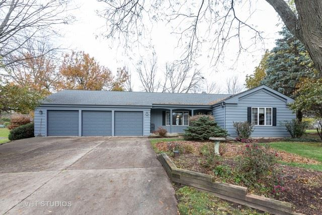 36W640 Hickory Hollow Drive, West Dundee, IL 60118 - #: 10563759
