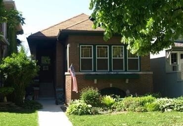 Photo of 2947 West Eastwood Avenue, Chicago, IL 60625 (MLS # 10638760)
