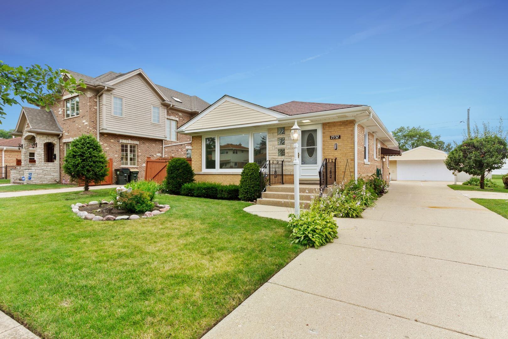 7332 W Greenleaf Avenue, Morton Grove, IL 60714 - #: 10792760