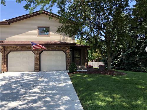 Photo of 903 Meadow Ridge Lane #903, New Lenox, IL 60451 (MLS # 10767761)