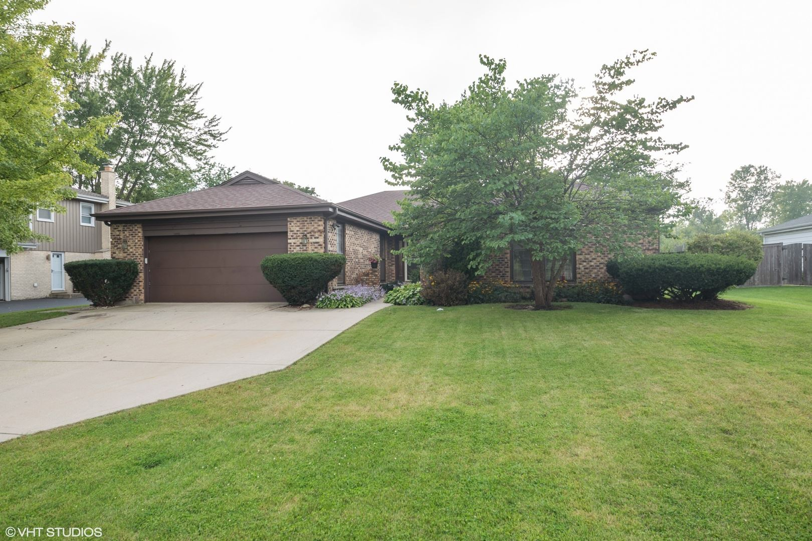 1750 Overland Trail, Deerfield, IL 60015 - #: 10720764