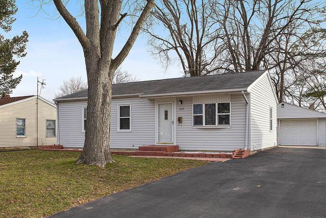 Photo of 1100 Pearson Drive, Joliet, IL 60435 (MLS # 10944764)