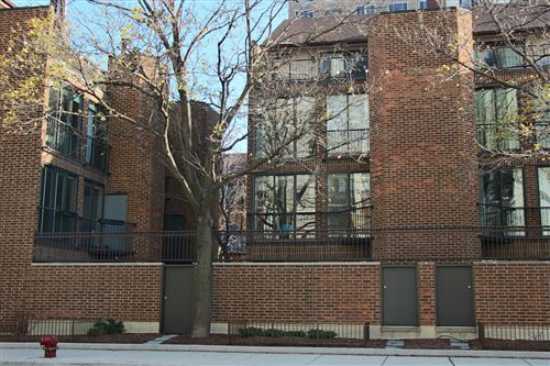 Photo of 1340 N SUTTON Place, Chicago, IL 60610 (MLS # 10936765)