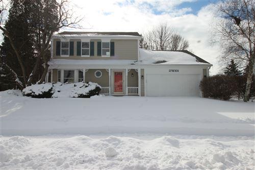 Photo of 27W301 VIRGINIA Street, Winfield, IL 60190 (MLS # 11005766)