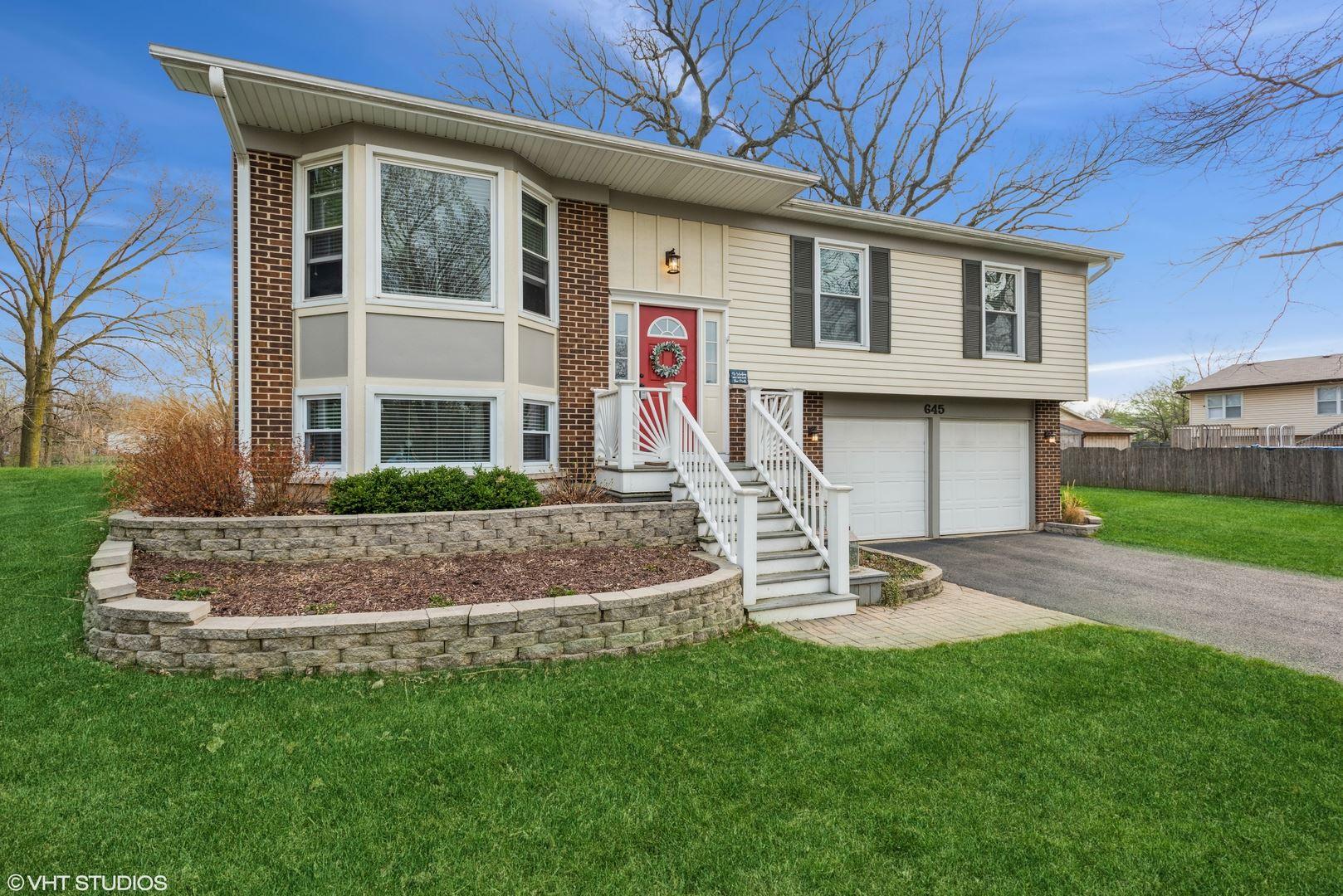 Photo of 645 Banbury Way, Bolingbrook, IL 60440 (MLS # 11044766)