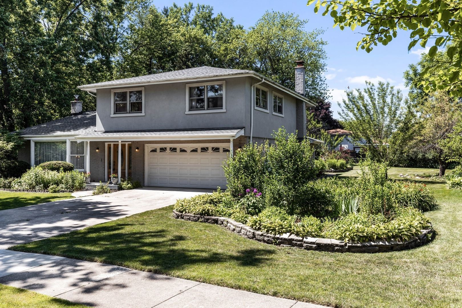 1652 Longvalley Drive, Northbrook, IL 60062 - #: 10682767