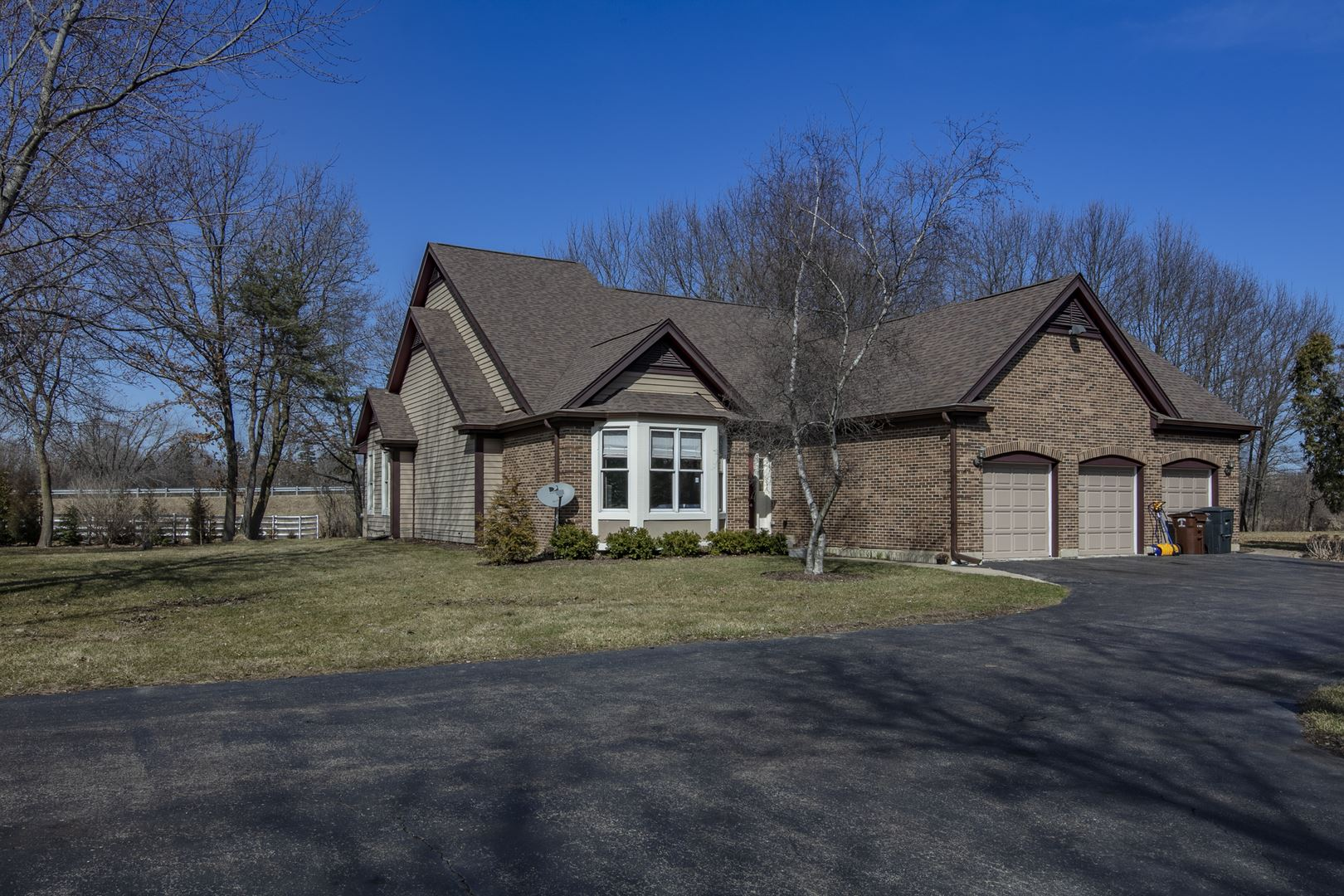 1065 Sunrise Road, Green Oaks, IL 60048 - #: 10681771