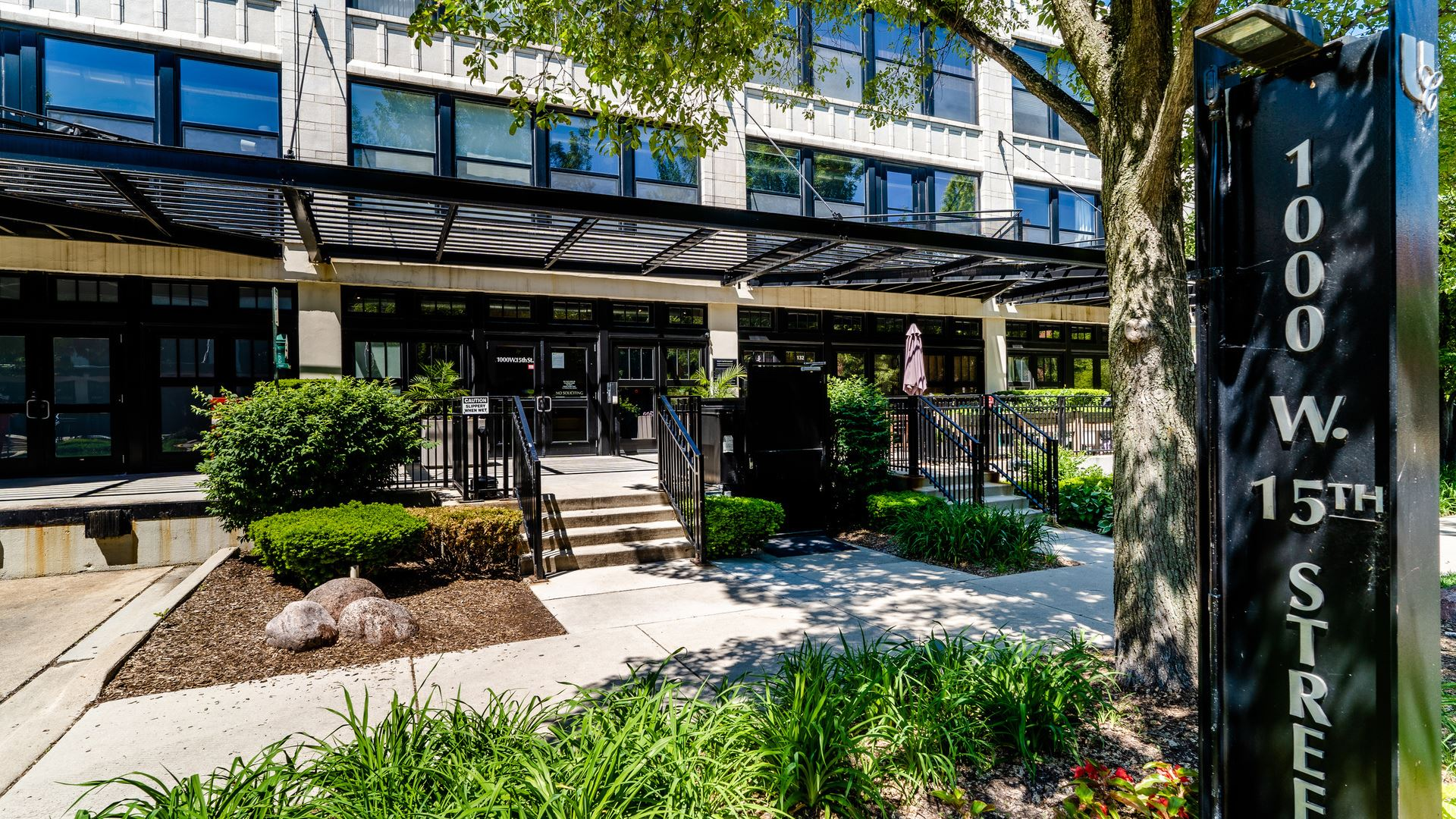 1000 W 15th Street #225, Chicago, IL 60608 - #: 10758771